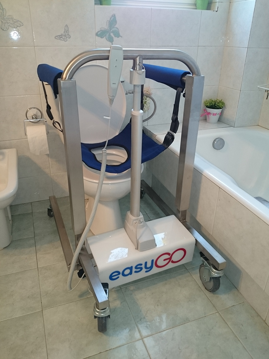 Electric patient lifting and transfer chair – hoist - easyGO
